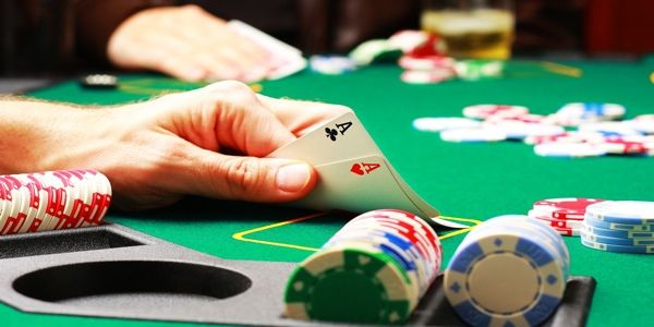 Have the required gaming experience to make profits in casino sites.