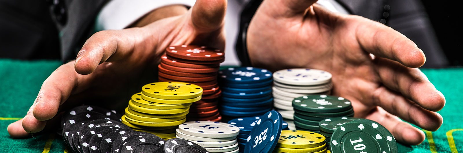 Top tricks to play your next poker online