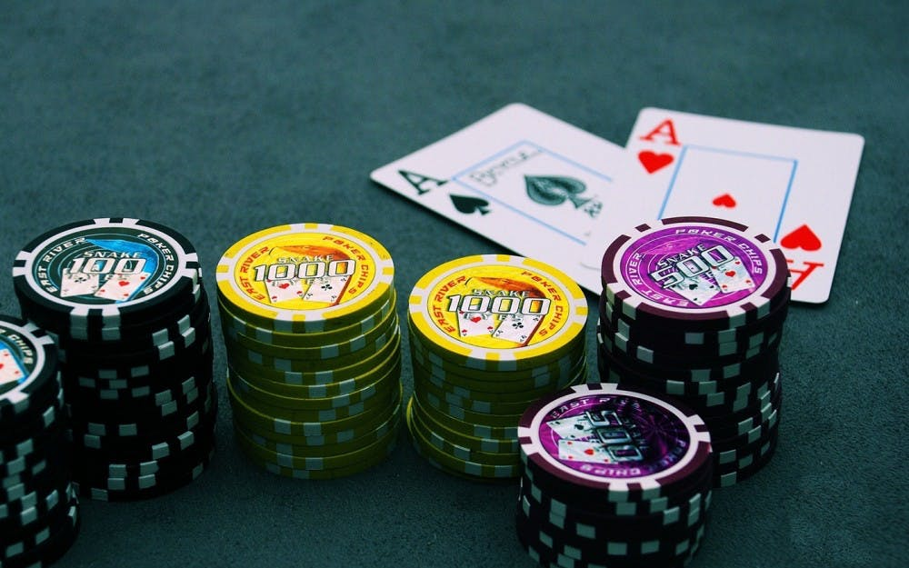 Perks Of Playing Poker Online Indonesia