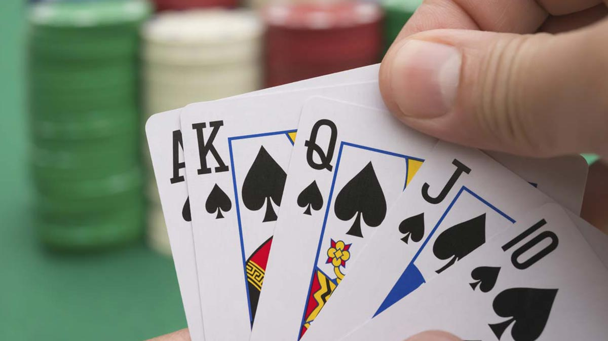 Characteristics To Look For In A Reputable Online Poker Site