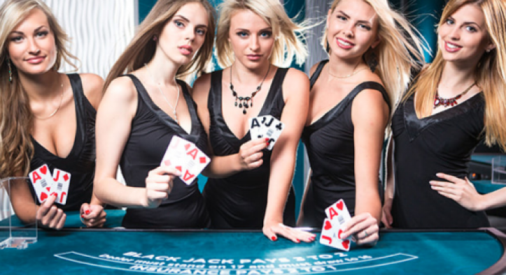 Play casino online at home