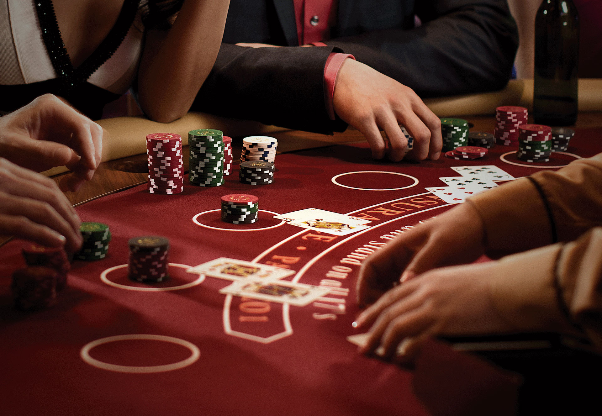 What are the pros of the reputed online casinos?