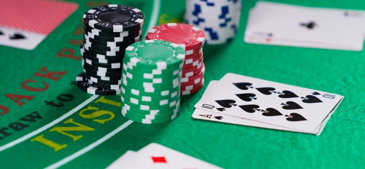Online casino – Stay in front of a gambling machine all day long