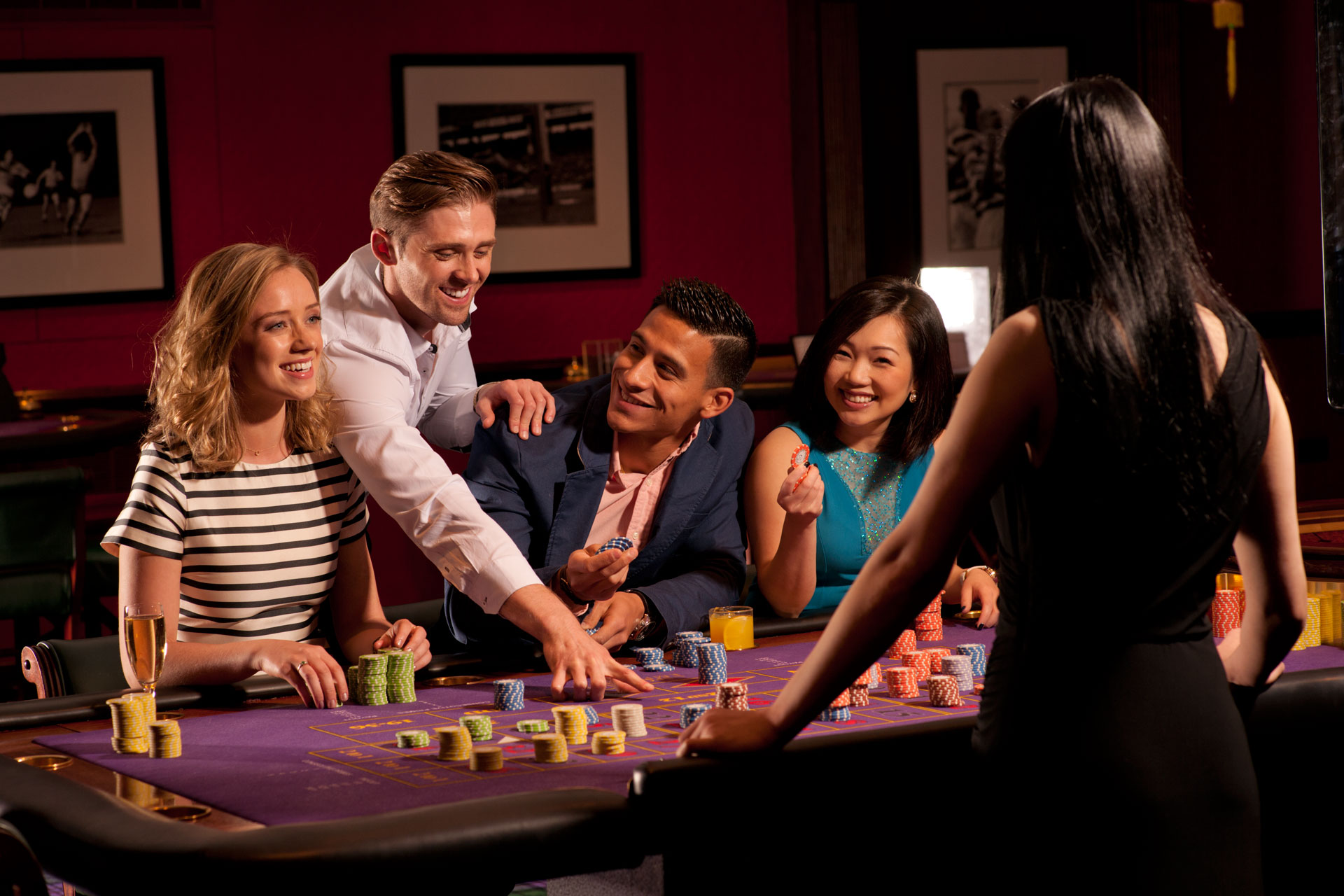 Know How To Play Baccarat Here