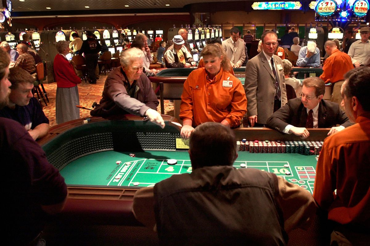 Online Poker- Why Is It So Popular? Find Out Here!