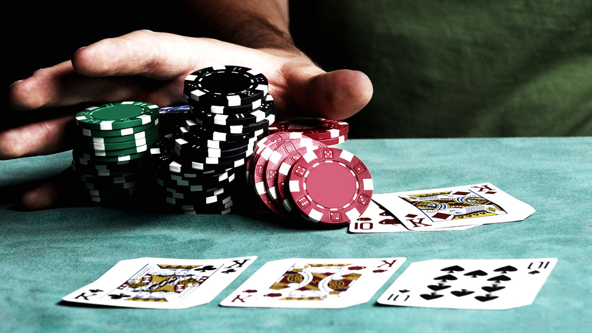 Finding the Comparisons between Illegal and Legal Gambling