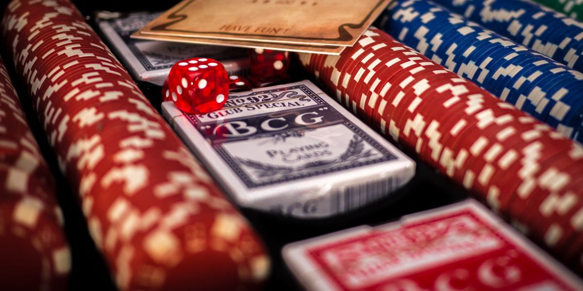 Expected Value in Online Poker