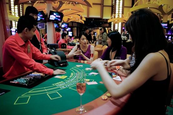 DIFFERENCE BETWEEN SPORTS GAMBLING AND CASINO GAMBLING