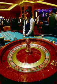 Where to play baccarat games online?