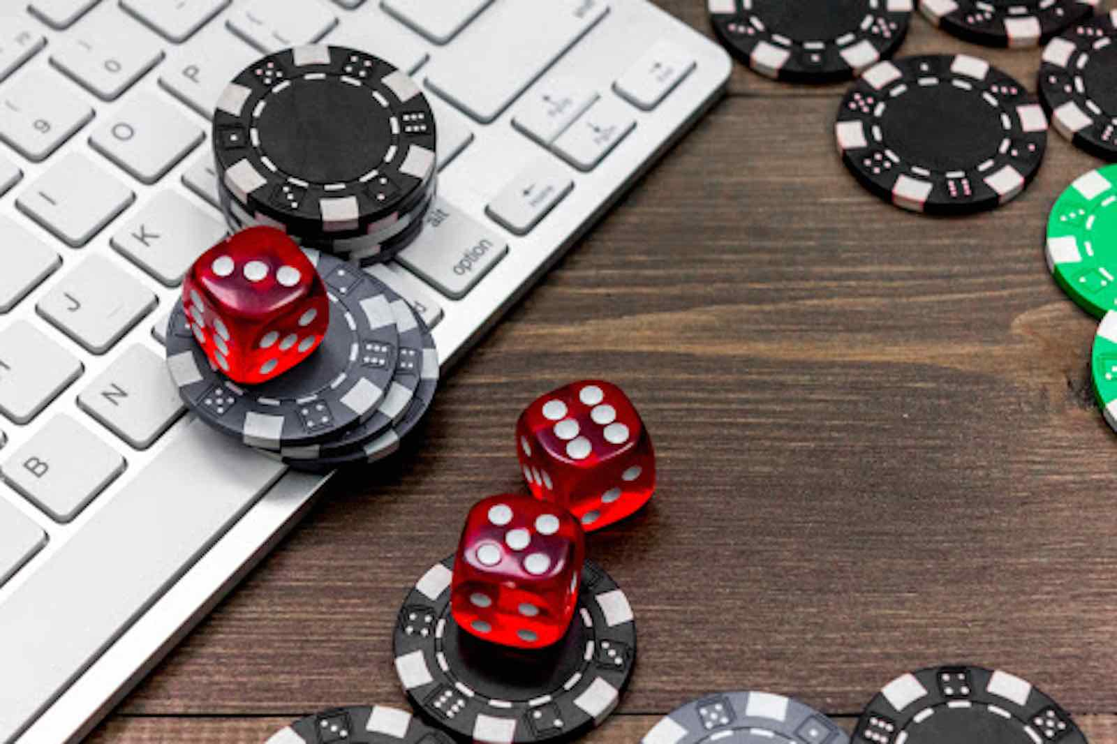 Learn How to Play Poker Games Like A Pro