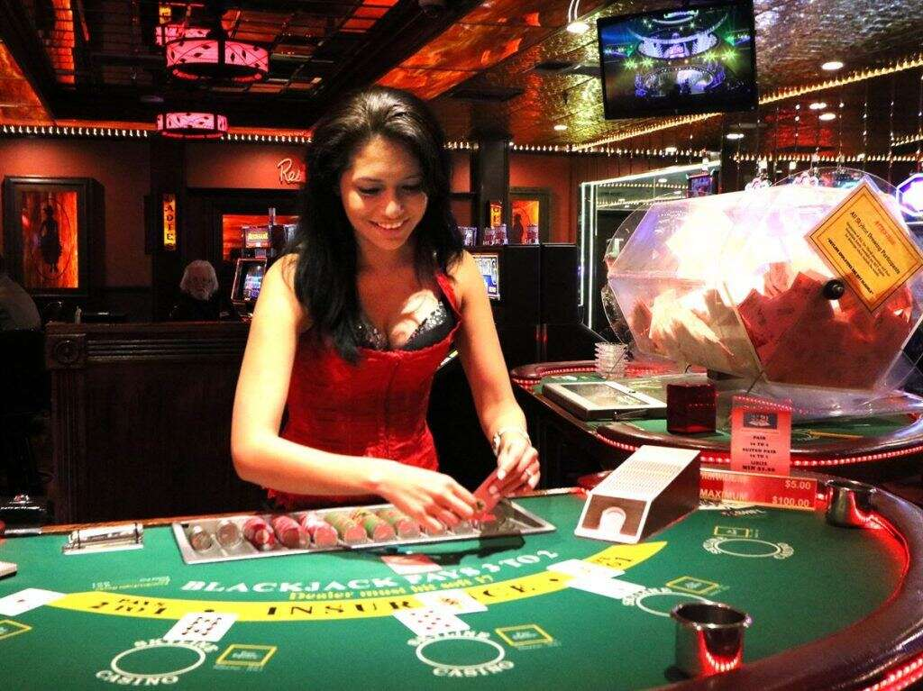 Enhance Your Online Services from Poker Online Game